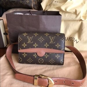 💜COMING SOON💜Louis Vuitton Monogram Fanny Pack